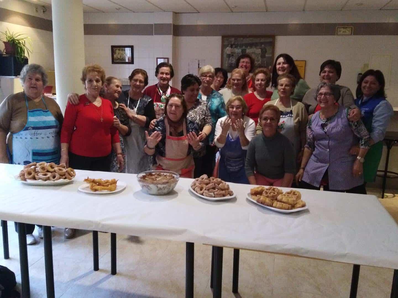 Taller de cocina del Centro de Mayores con sabor a Carnaval 15
