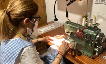 Grupo de costureras de Herencia7 356x215 - Costureras de Herencia y Villafranca colaboran en la lucha contra la COVID-19