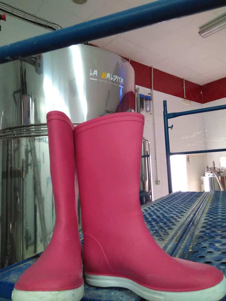 Pink Boots zona centro en La Maldita Herencia - La Maldita acoge un encuentro de Pink Boots Society con motivo del Día Internacional de la Mujer