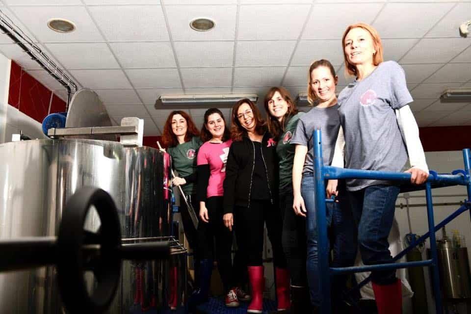 Pink Boots zona centro en La Maldita Herencia7 - La Maldita acoge un encuentro de Pink Boots Society con motivo del Día Internacional de la Mujer