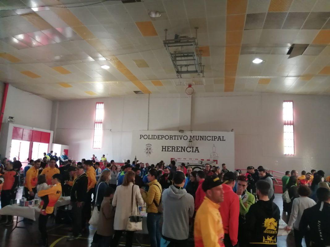 Más de 200 corredores participaron en el X Circuito BTT en Herencia 13