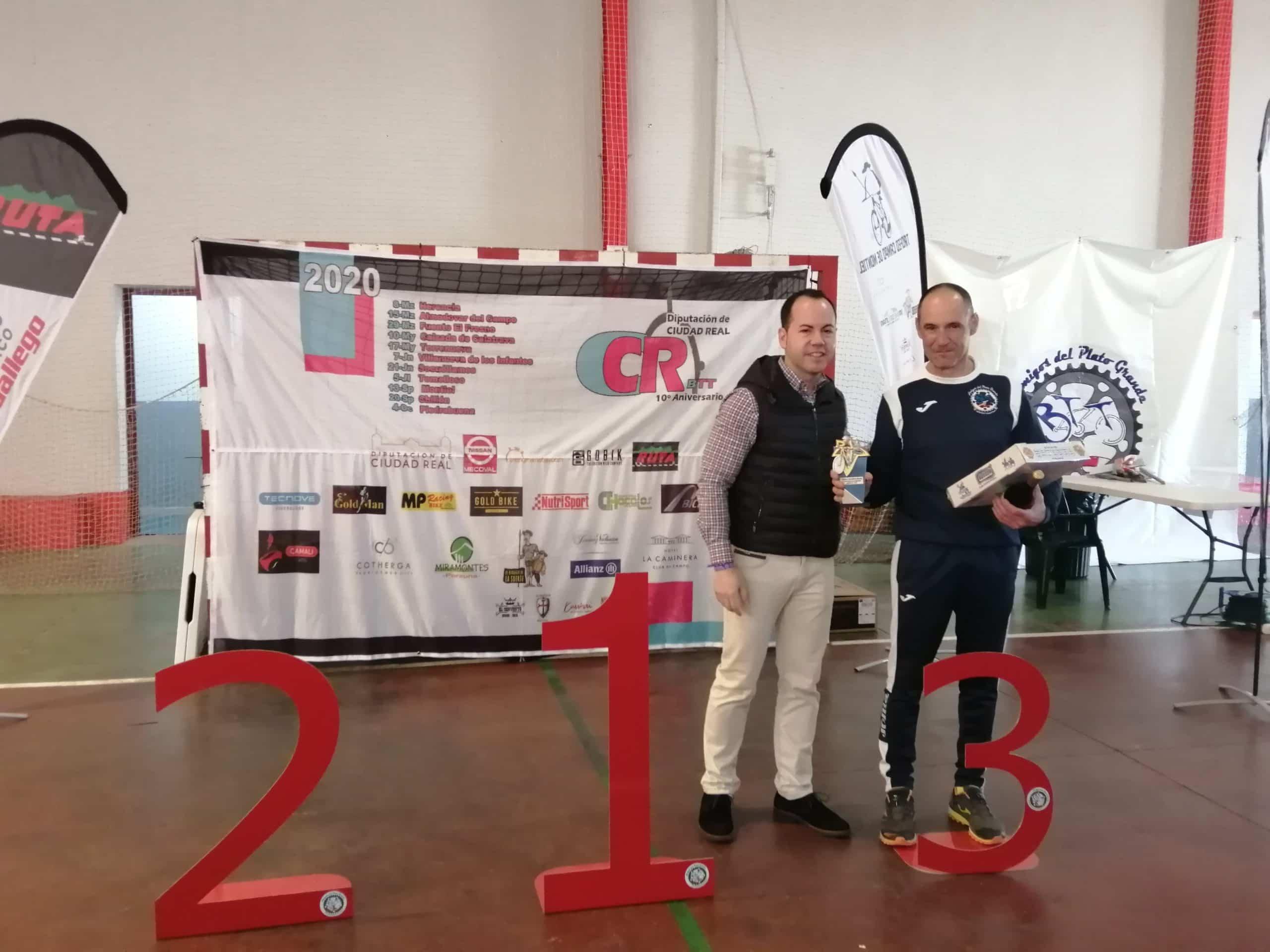 X circuito BTT herencia entrega premios 3 scaled - Más de 200 corredores participaron en el X Circuito BTT en Herencia