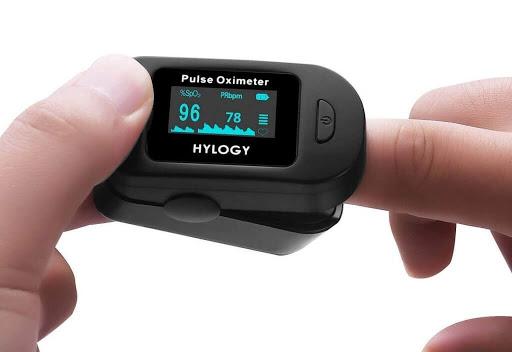 pulsioxímetros - Herencia quiere conseguir material médico destinado al hospital Mancha Centro