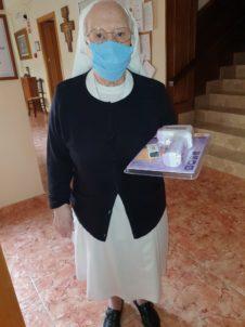 Carpe Diem 226x302 - Ánthropos sigue atendiendo necesidades del hospital y residencias