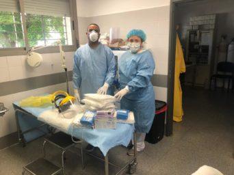 Entrega material al Centro de Salud de Herencia4 342x256 - Ánthropos y la generosidad de la comunidad ante el coronavirus