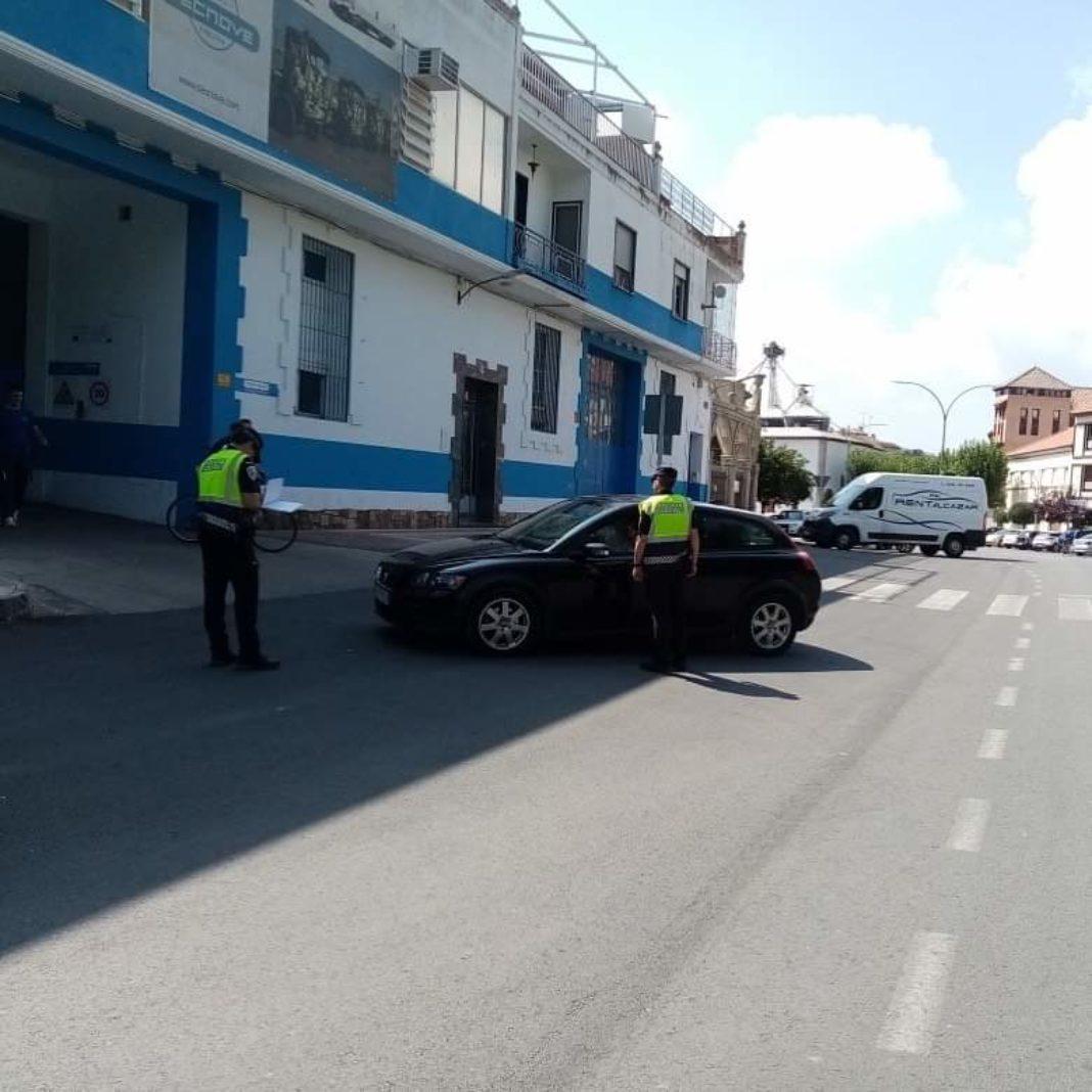 FB IMG 1586256742912 1068x1068 - Policía Local agradece el comportamiento y el respeto de los ciudadanos y empresas a las medidas del confinamiento
