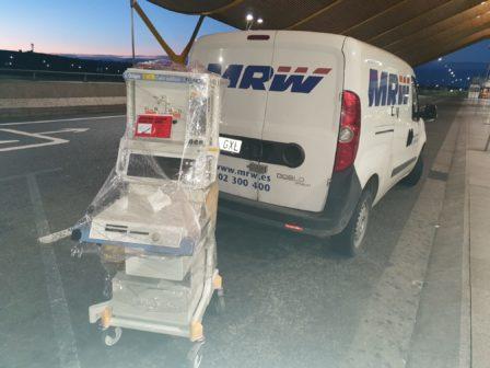 Respiradores EO Madrid12 448x336 - EOMadrid entrega dos respiradores al hospital Mancha Centro de Alcázar de San Juan