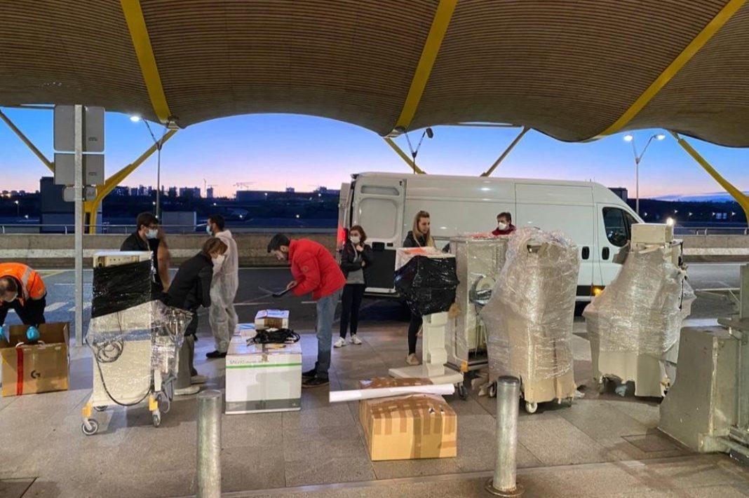 Respiradores EOMadrid 1068x711 - Un grupo de emprendedores consiguen más de 90 respiradores para toda España