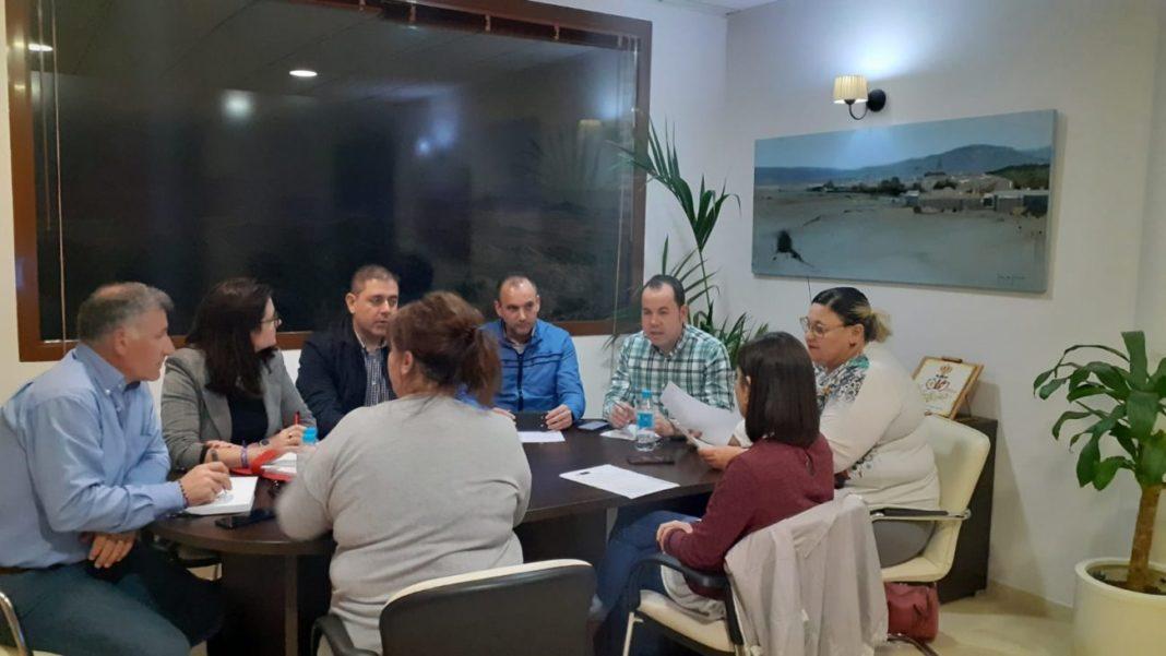 equipo de gobierno del Ayuntamiento de Herencia 1068x601 - El Ayuntamiento de Herencia ultima el Plan Integral de recuperación económica y social COVID-19