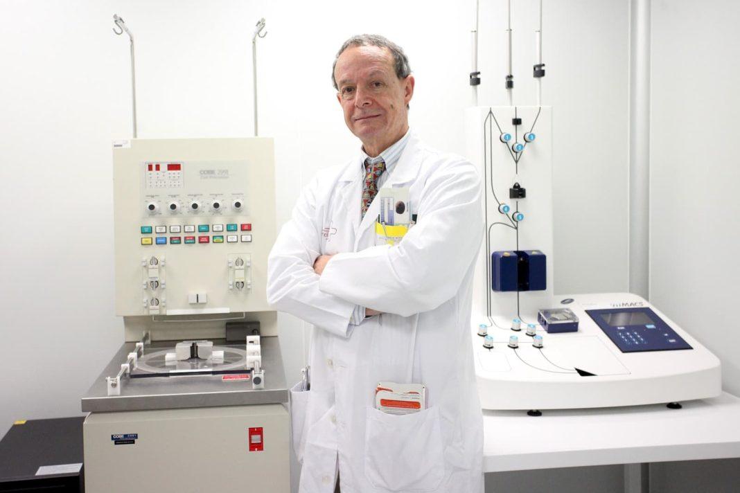 Herencia aporta 5000 euros a la investigación del coronavirus liderada por el doctor José María Moraleda 5