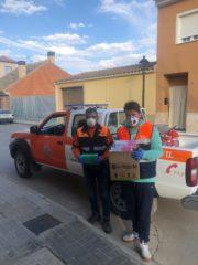 protecci%C3%B3n civil de Villafranca recogiendo material para residencia 180x240 - Ánthropos es toda la comunidad