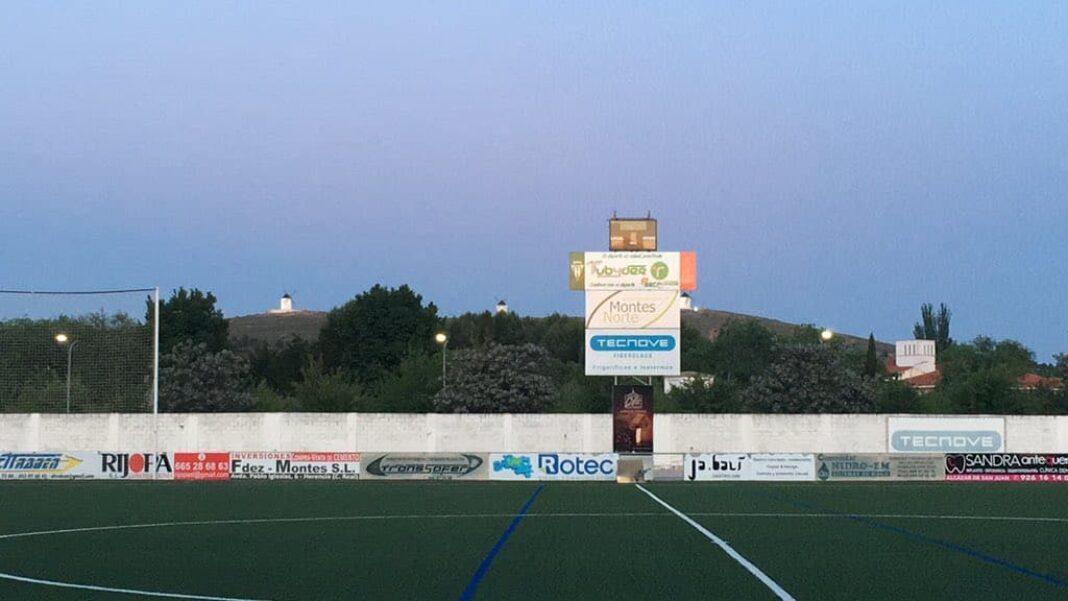 campo futbol herencia fernandez de la puebla 1068x601 - Las competiciones de fútbol de la región volverán bajo el protocolo sanitario de Castilla-La Mancha