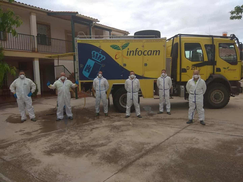 equipo geacam desinfeccion residencia - Nuevas labores de desinfección en diversas zonas de Herencia