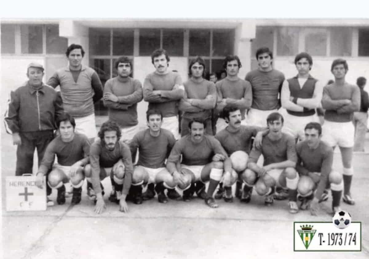 herencia futbol temporada 1973 1974 - Un paseo por el tiempo del Herencia Club de Fútbol