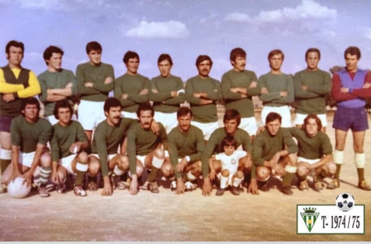 herencia futbol temporada 1974 1975 - Un paseo por el tiempo del Herencia Club de Fútbol