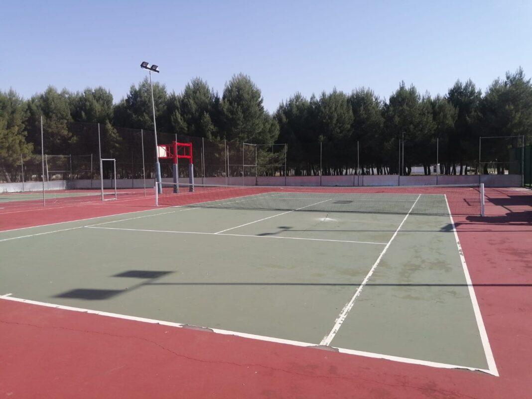 pista de tenis herencia 1068x801 - Apertura progresiva de las instalaciones deportivas en fase 1 en Herencia