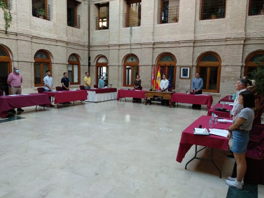 El pleno de Herencia comenzó con un minuto de silencio y aprobación de importantes medidas por unanimidad 4