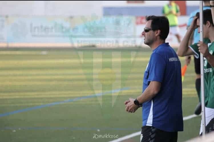 Renovación del cuerpo técnico del Herencia C.F. para temporada 2020-2021 3