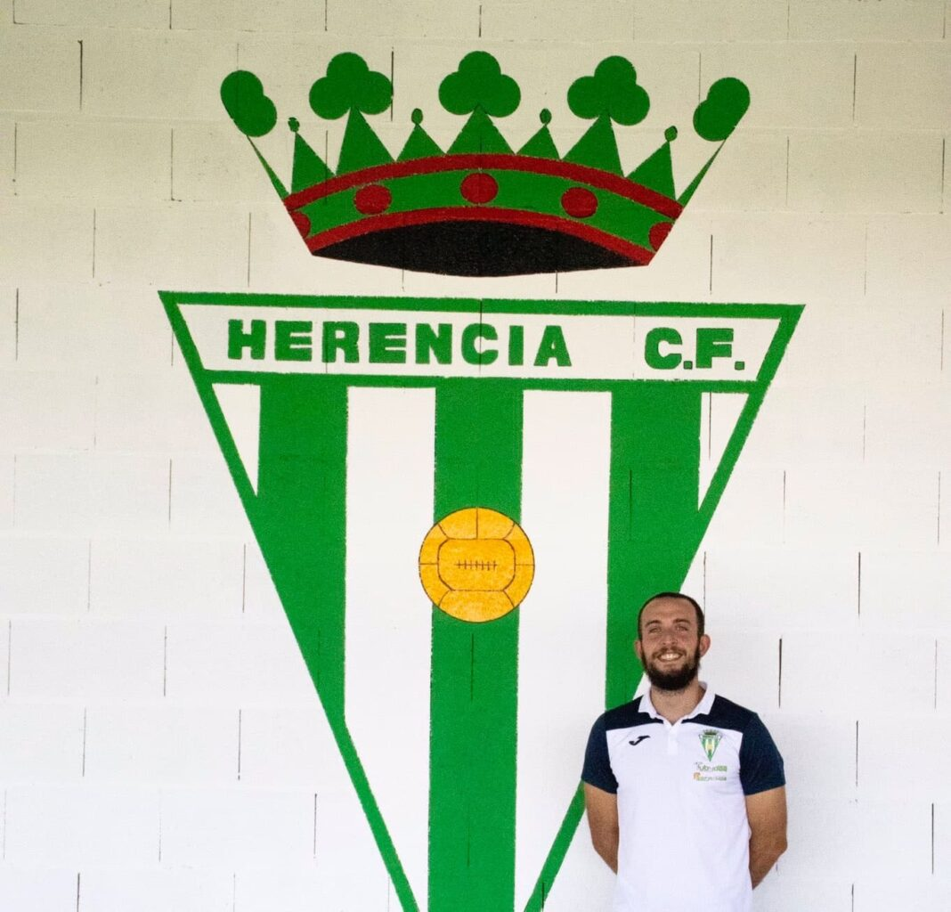 Renovación de Diego Toribio Carnero por el Herencia C.F. para la temporada 2020-2021 1