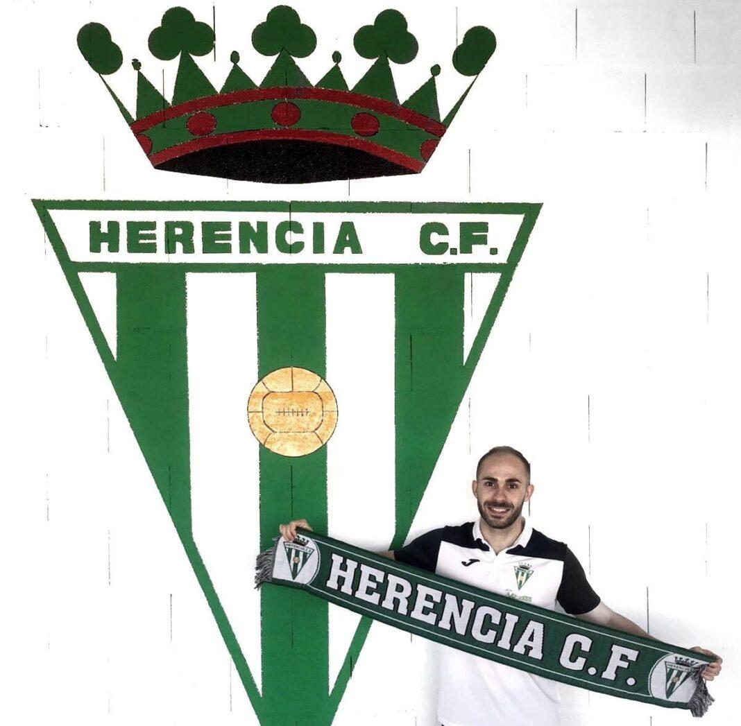 Eduardo Corrales renueva por el Herencia C.F para 2020-2021 1