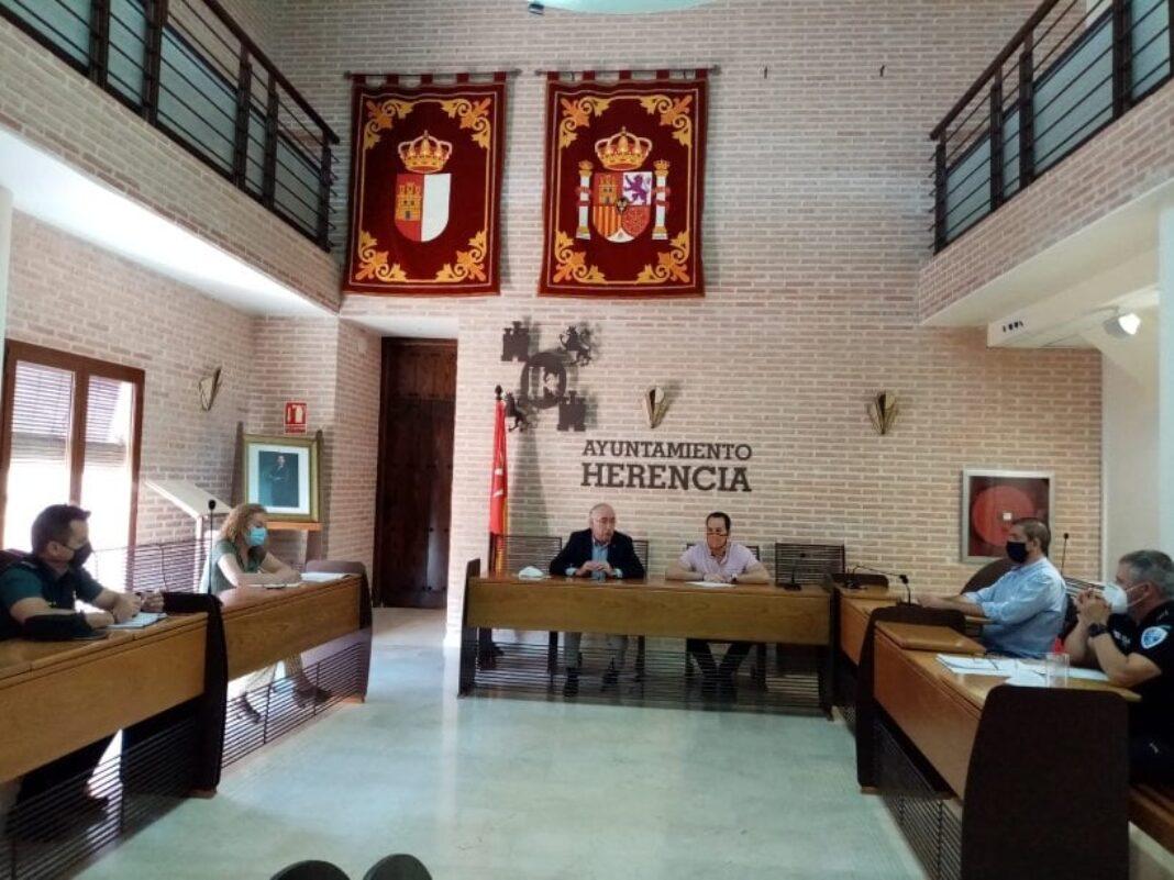 junta local seguridad herencia post alarma 1068x801 - Celebrada la Junta Local de Seguridad de Herencia con el fin del Estado de Alarma