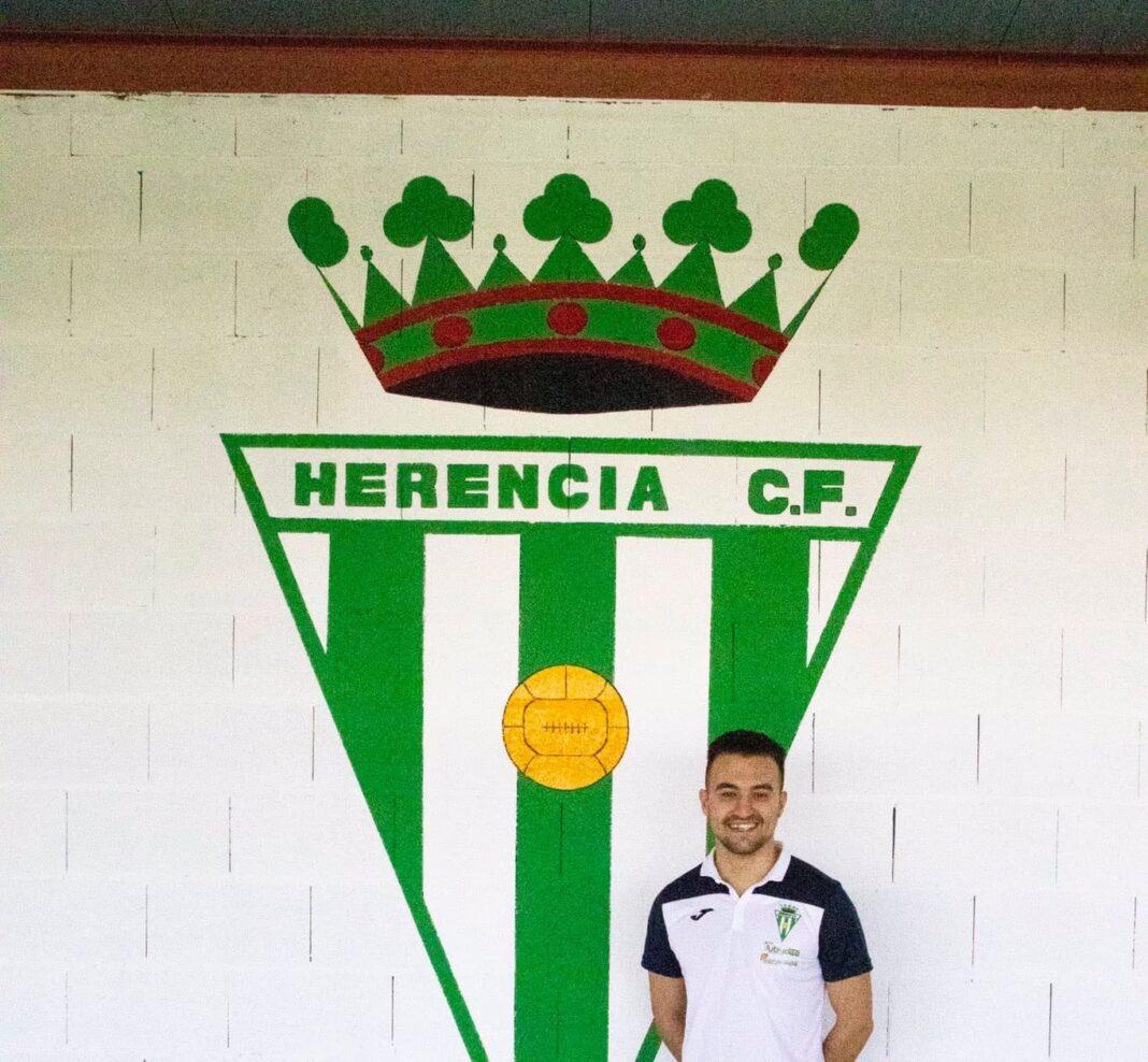 """luis ruperto garcia arias renueva herenciacf 2020 2021 1068x988 - Renovación de """"Luisru"""" en el Herencia C.F. para la temporada 2020-2021"""