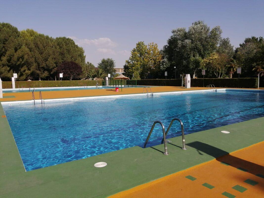 Clausura de los cursillos de natación de julio en Herencia 28