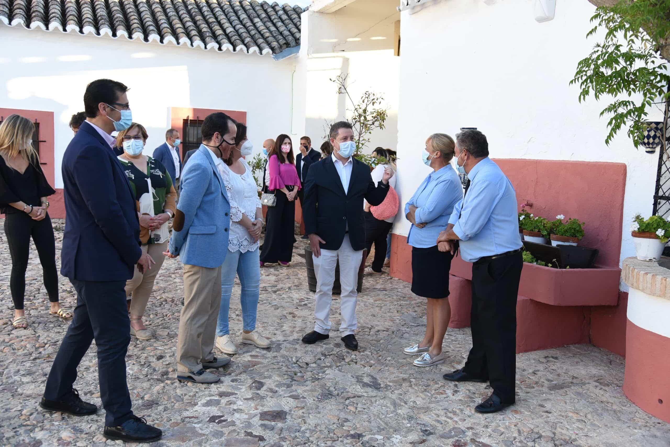 """Visita al complejo rural """"Cortijo Sierra de la Solana 1878"""" en Herencia 44"""