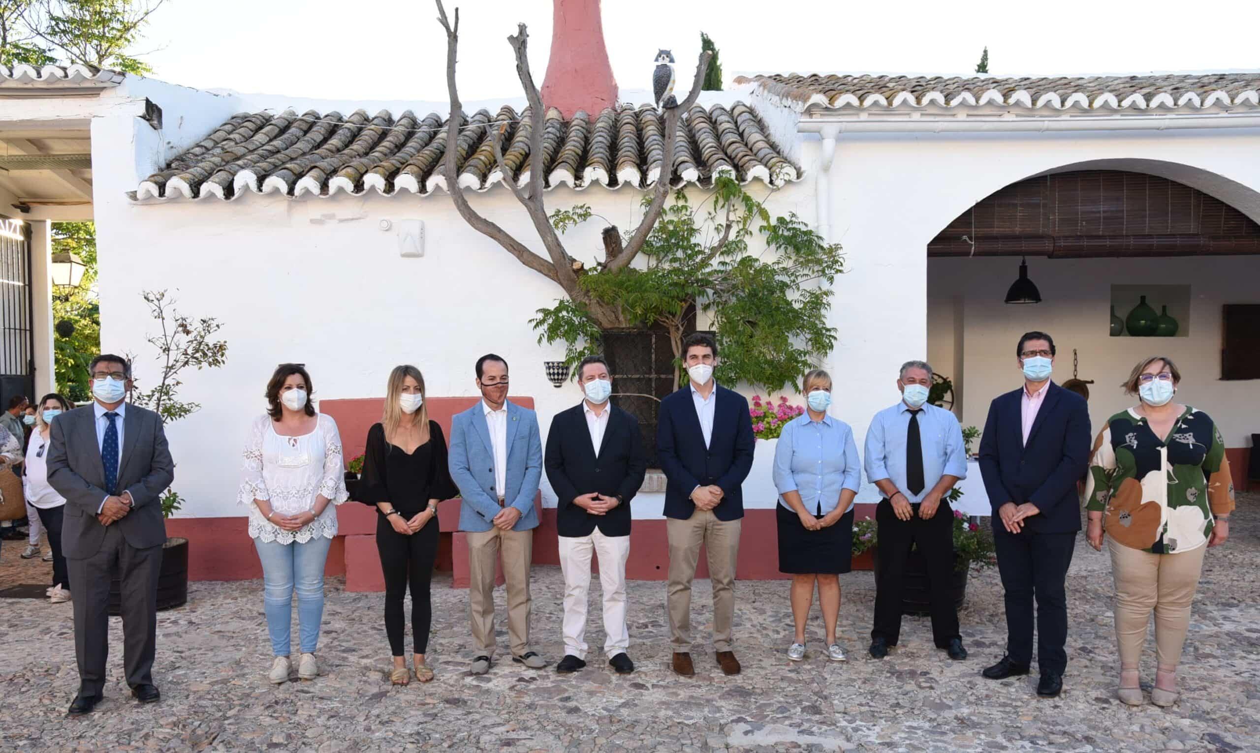 """Visita al complejo rural """"Cortijo Sierra de la Solana 1878"""" en Herencia 46"""