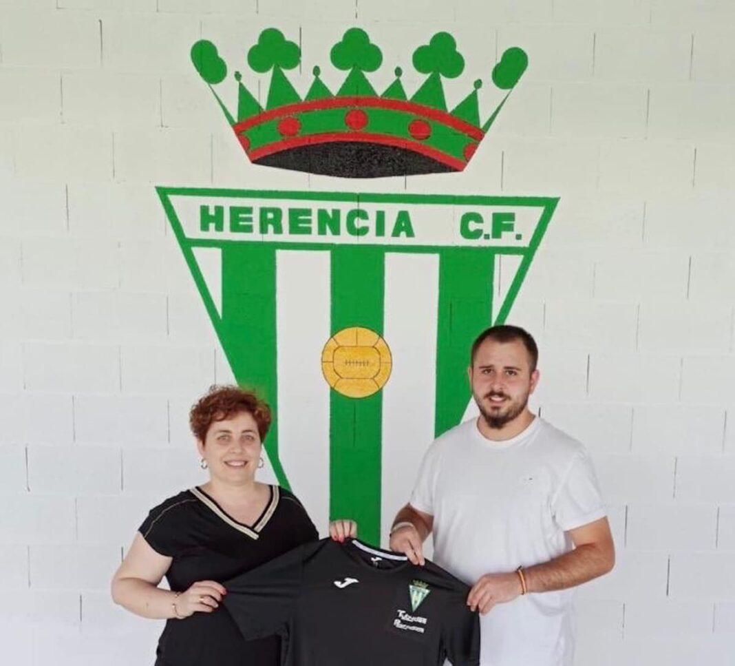 josu entrenador porteros herencia futbol 1068x967 - Josu ficha como preparador de porteros por el Herencia CF