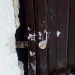 Destrozos en la ermita El Sepulcrillo de la Sierra de San Cristóbal 9