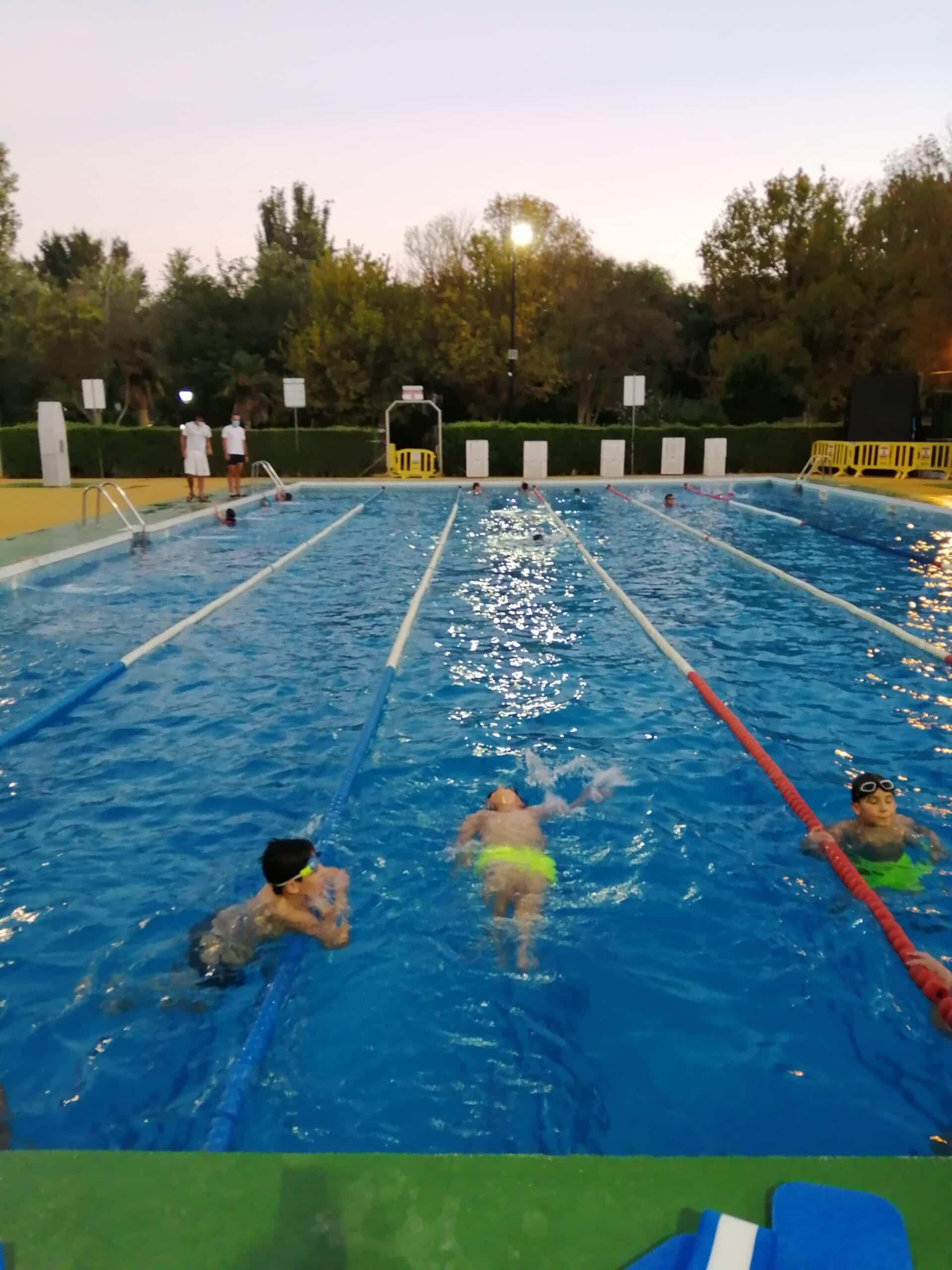Comienzo de los cursillos de natación de agosto en Herencia 3