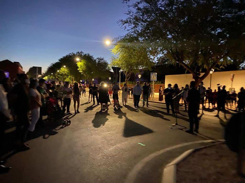 Inaugurada la escultura contra la violencia en homenaje a Gonzalo Buján 12