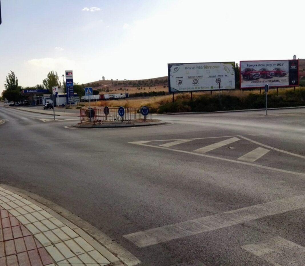 glorieta que enlaza la Avenida de Alcazar con Ronda Mirasierra 1068x929 - Herencia contará con un monumento contra la violencia en homenaje a Gonzalo Buján
