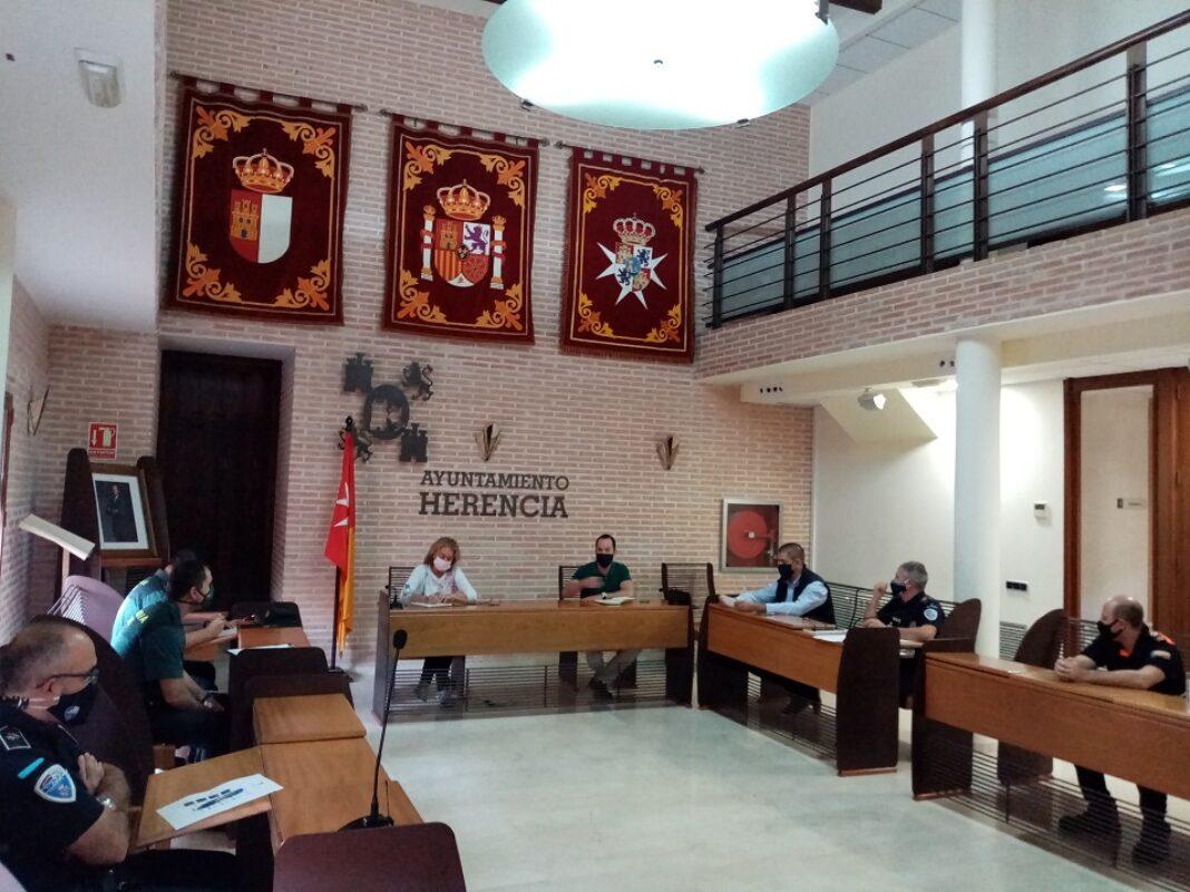 junta local de seguridad 1068x801 - Refuerzo de la policía local para que se cumplan las medidas sanitarias especiales de Herencia