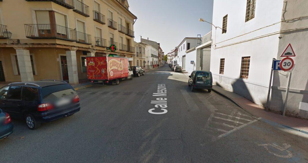 calle mesones herencia ciudad real 1068x567 - Obras de asfaltando de algunas calles en Herencia durante este mes de octubre