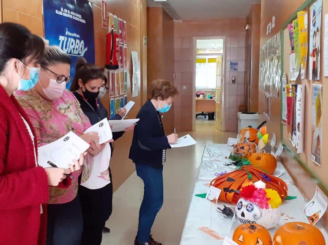 concurso de calabazas de Herencia - Fallado los premios del tercer concurso de decoración de calabazas del área de Juventud