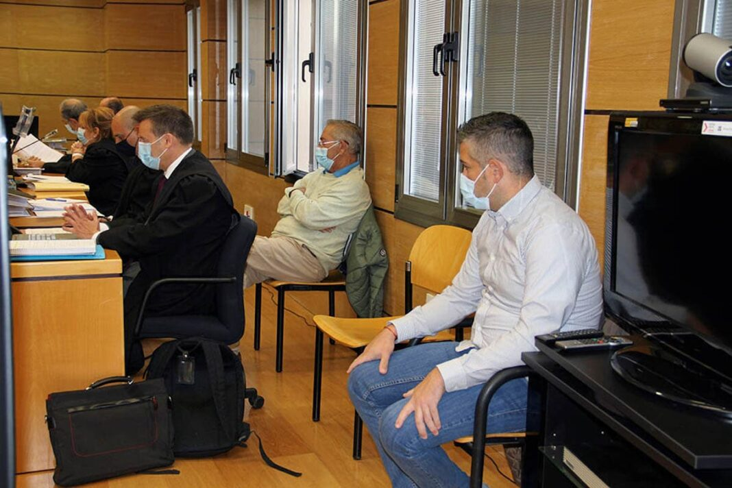 juicio gonzalo bujan 1068x712 - Culpable por homicidio imprudente a uno de los acusados de matar a Gonzalo Buján en Herencia