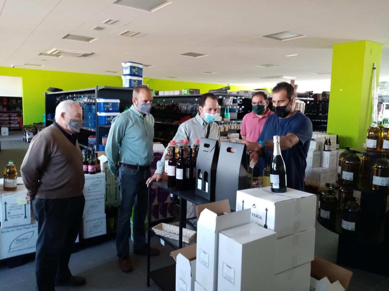 visita a la cooperativa La Encarnacion Grupo Montes Norte de Herencia4 - Recta final de la campaña de vendimia en Herencia