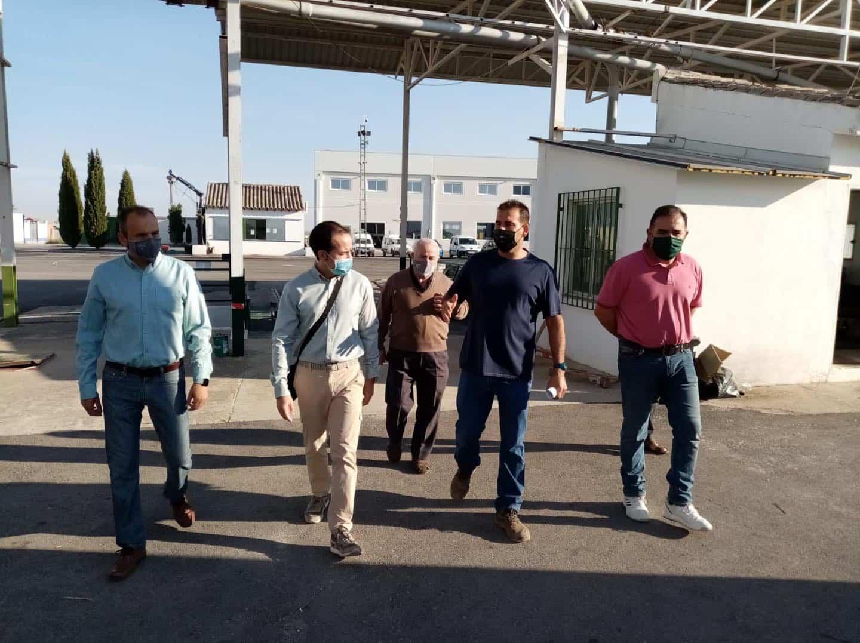 visita a la cooperativa La Encarnacion Grupo Montes Norte de Herencia5 - Recta final de la campaña de vendimia en Herencia