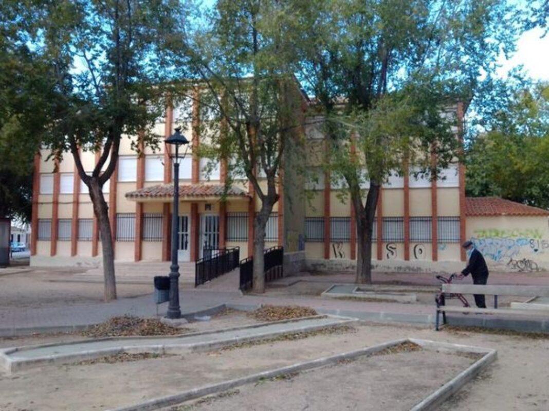 """Próxima demolición del """"colegio del Cristo"""" 4"""
