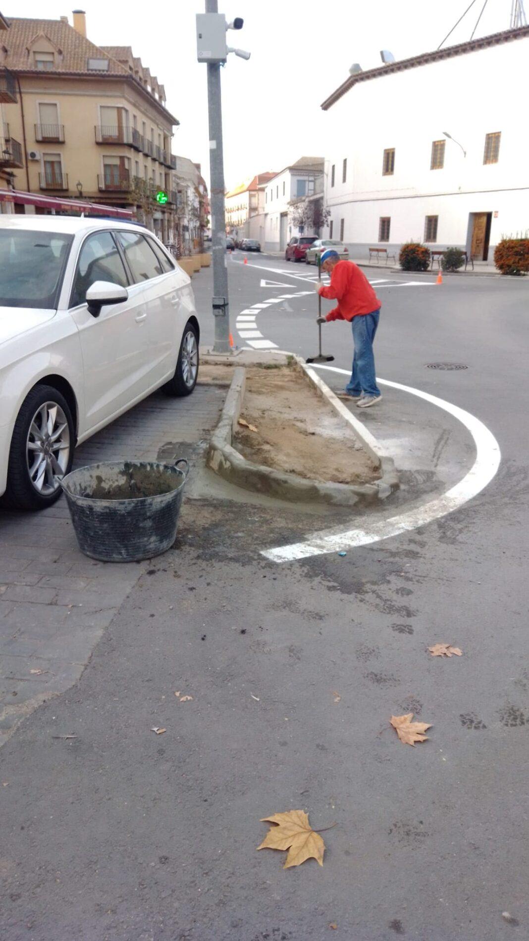 obras menores mantenimiento herencia 1 1068x1899 - Siguen las pequeñas obras de mantenimiento en Herencia