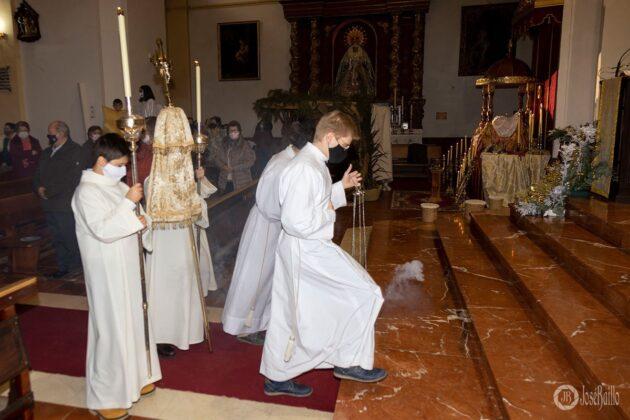 Galería fotográfica del belén viviente y misa de vigilia de Navidad 83