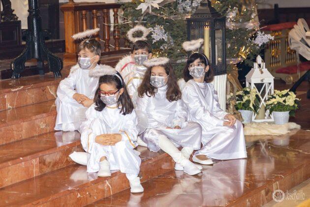 Galería fotográfica del belén viviente y misa de vigilia de Navidad 63