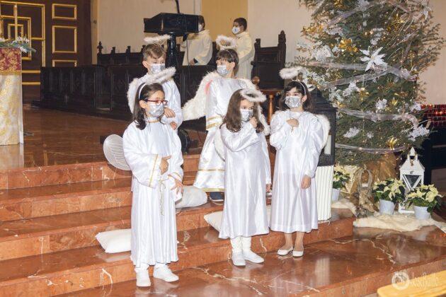 Galería fotográfica del belén viviente y misa de vigilia de Navidad 58
