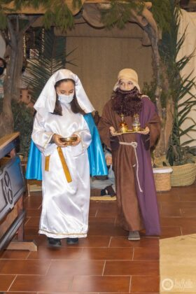 Galería fotográfica del belén viviente y misa de vigilia de Navidad 41