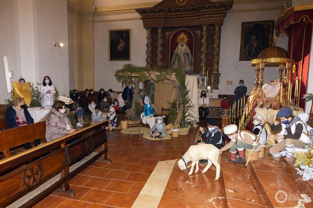 Galería fotográfica del belén viviente y misa de vigilia de Navidad 86