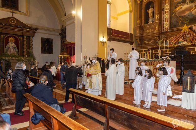 Galería fotográfica del belén viviente y misa de vigilia de Navidad 11