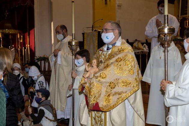 Galería fotográfica del belén viviente y misa de vigilia de Navidad 5
