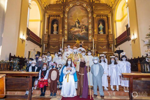 Galería fotográfica del belén viviente y misa de vigilia de Navidad 3